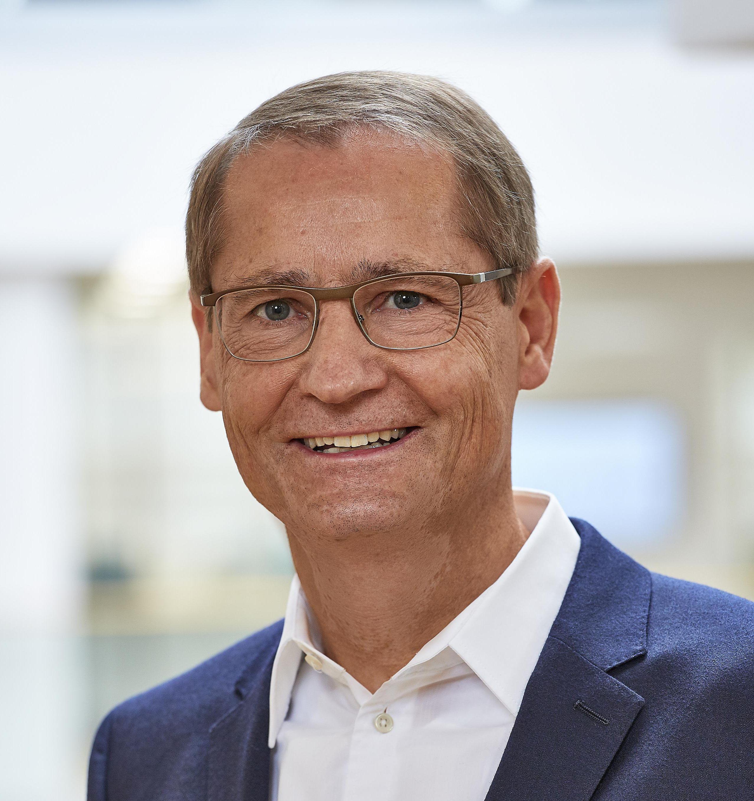 Wechsel in der Geschäftsführung der Roche Diagnostics GmbH / Mit Wirkung zum 1. Januar 2020 folgt Claus Haberda auf Ursula Redeker