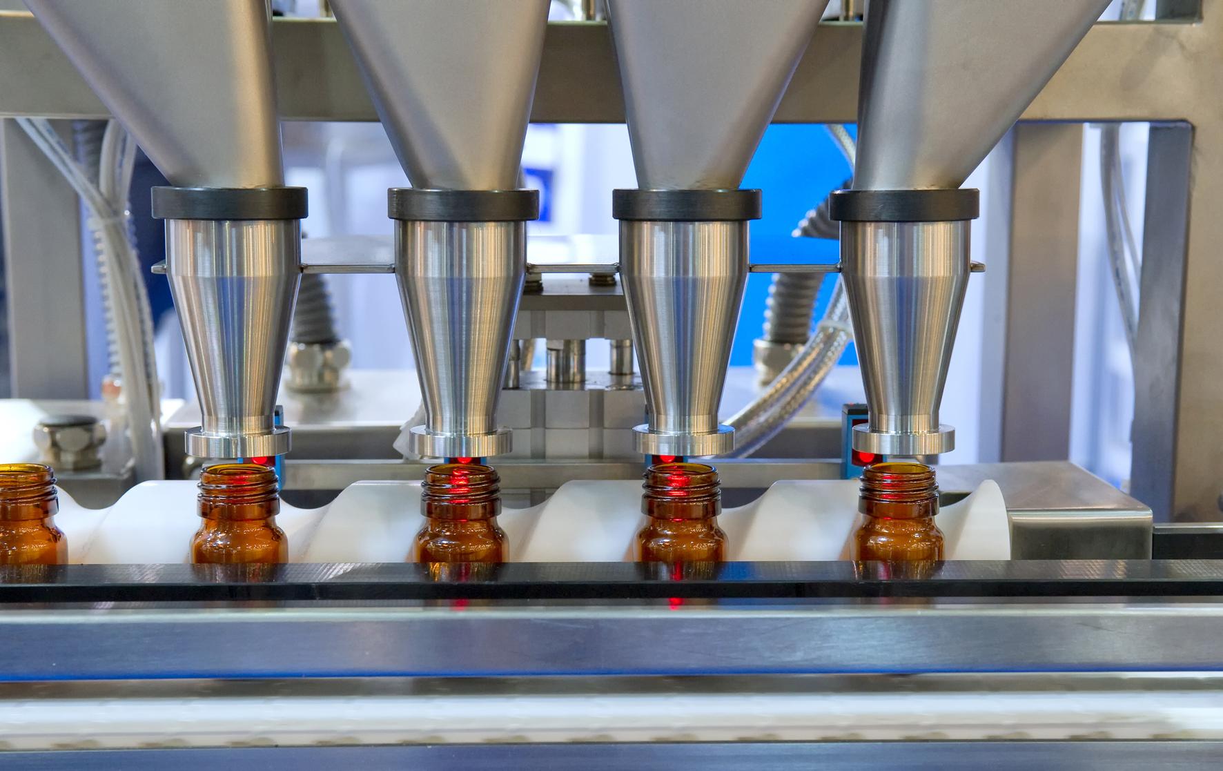 Damit beim Abfüllen nichts klumpt / Modulares und kompaktes Filtern, Entfeuchten und Konditionieren bei Abfüll- und Verpackungsprozessen in der Pharmaindustrie